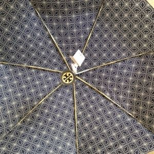 Tory Burch Accessories - Tory Burch NEW TORY 3T UMBRELLA